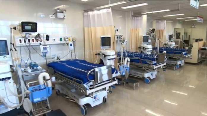 Hombre Con Síntomas De Coronavirus Muere En Puerta De Hospital  Por Esperar Atención
